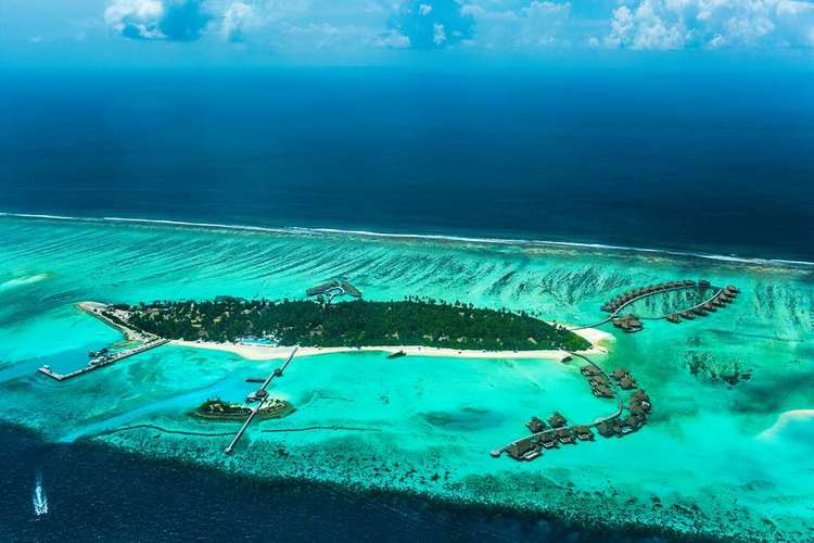 Holiday in the Maldives Promotion